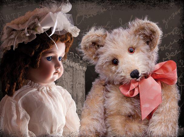 Ours et poupée