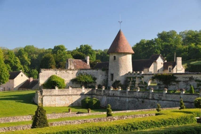 Val-d'Oise. À Chaussy, l'opération de la dernière chance pour sauver le domaine de Villarceaux est lancée